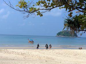 Kata Beach Morning scuba diving Phuket